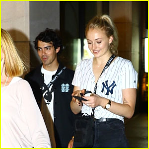 Sophie Turner & Fiance Joe Jonas Have Dinner With Kevin Jonas & Family!