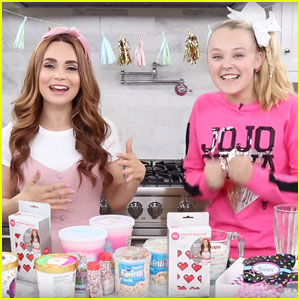 JoJo Siwa Teams Up With Rosanna Pansino to Make Crazy Milkshakes - Watch Now!