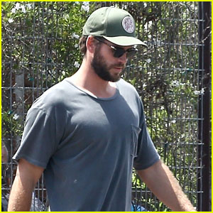 Liam Hemsworth Once Threw a Knife at Older Brother Chris