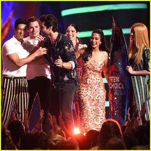 Matthew Daddario Gives Big Thanks To Fans After 'Shadowhunters' Wins Big at Teen Choice Awards 2018