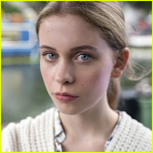 'The Innocents' Sorcha Groundsell Learned To Speak Gaelic From Her Grandmother