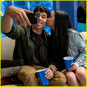 'To All The Boys I've Loved Before' Sequel Would Focus On Lara Jean & Peter's Relationship Struggles