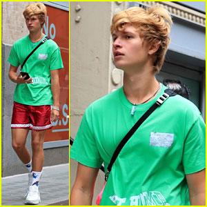 Ansel Elgort Puts New Blonde Hairdo on Display While Stepping Out During NYFW