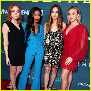 Peyton List, Ajiona Alexus, Liana Liberato & Haley Ramm Premiere 'Light As A Feather' in LA
