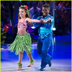 DWTS Juniors: Ariana Greenblatt is The Cutest Little Lilo For Disney Night - Watch Now!