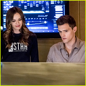 Here's Why Caitlin & Ralph Won't Be A Romantic Couple on 'The Flash'