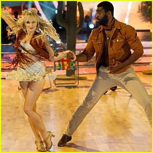 Evanna Lynch Jives For Vegas Night on 'Dancing With The Stars' Week #2