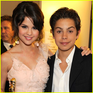 Jake T. Austin Sends Love to Selena Gomez Amid Health Struggles