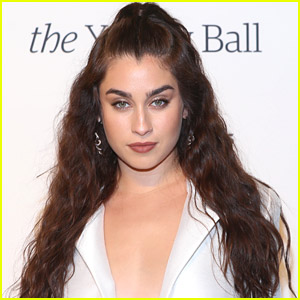 Lauren Jauregui Gives Thanks To Fans For Watching 'Expectations' Music Video
