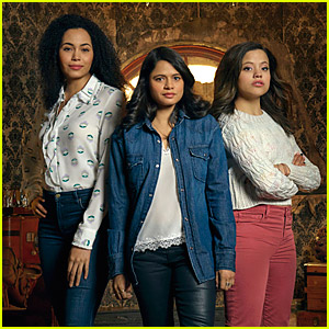 This Original 'Charmed' Star Wants You To Stop Hating on 'Charmed' Reboot Series