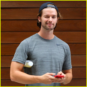 Patrick Schwarzenegger Winks for the Cameras Ahead of His Workout!