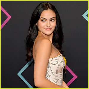Camila Mendes Does Her Makeup With a Pancake in Cole Sprouse's Instagram Stories!