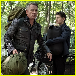 David Mazouz Shares Touching Goodbye to Sean Pertwee After Wrapping Final Filming on 'Gotham'