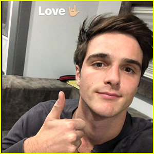 Jacob Elordi Announces He's Taking A Social Media Break