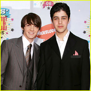 Josh Peck Responds to Drake Bell's Happy Birthday Tribute!