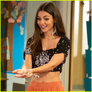 Victoria Justice Guest Stars on 'American Housewife' - First Look Pics!