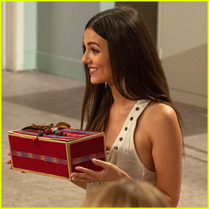 Victoria Justice Is On 'American Housewife' Tonight - Watch a Sneak Peek Clip!