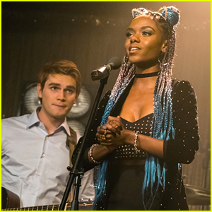 KJ Apa Hints At Romance With [SPOILER] For Archie in Upcoming 'Riverdale' Episodes