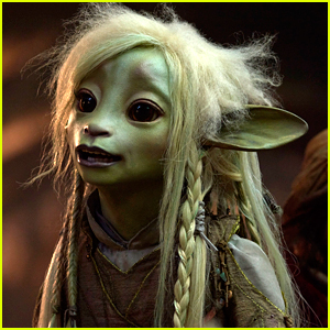 Netflix Reveals Voice Cast & First Images From 'The Dark Crystal' Series!