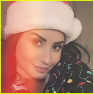 Demi Lovato Is Glowing in Christmas Day Selfies!