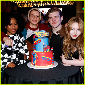 Jace Norman, Riele Downs & 'Henry Danger' Cast Celebrate 100 Episodes of the Show!