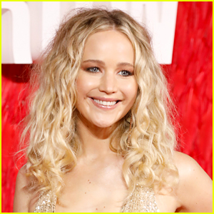 Jennifer Lawrence Brings Christmas Cheer to Sick Kids in Her Hometown