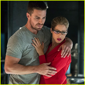 Olicity Are 'In A Good Place' Now After 'Elseworlds' Body Swap