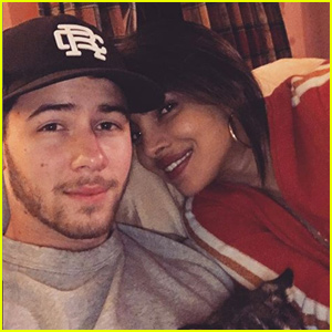 Nick Jonas & Priyanka Chopra Send Holiday Wishes!