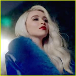 Sabrina Carpenter Debuts Gorgeous 'Paris' Music Video - Watch Now!