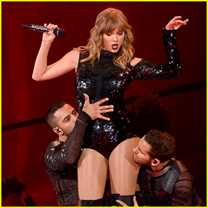 See the Set List for Taylor Swift's 'Reputation' Tour Netflix Special!