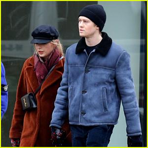 Taylor Swift Holds Hands with Boyfriend Joe Alwyn in New York City
