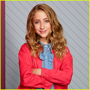 Ava Kolker Dishes How 'Girl Meets World' Prepared Her For New Series 'Sydney To The Max' (Exclusive)