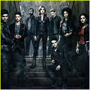 Freeform Debuts Six Deleted Scenes From 'Shadowhunters' Season 3A - Watch Here!