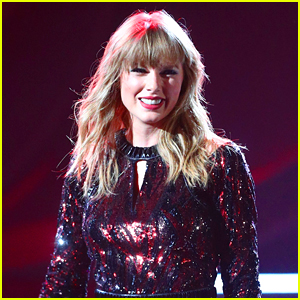 Taylor Swift's 'Swife Life' App Is Shutting Down