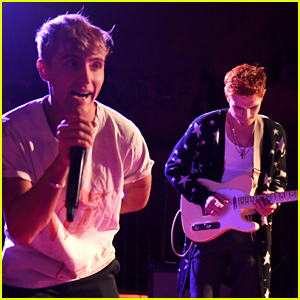 KJ Apa Performs with Hart Denton at Teen Vogue Party!