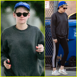 Kristen Stewart Enjoys the Day Out with Friends