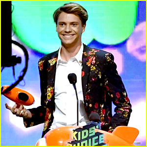 Jace Norman Wins 3rd Blimp For Fave TV Actor at KCAs 2019!