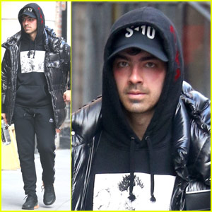 Joe Jonas Steps Out in Chilly New York City!