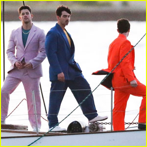 Jonas Brothers Might Be Filming a New Music Video (Photos)
