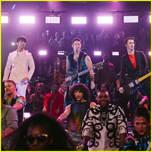 Jonas Brothers Perform 'Sucker' on 'Late Late Show' - Watch Now!
