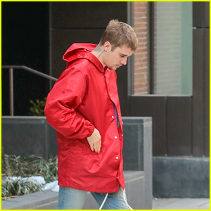 Justin Bieber Steps Out for a Chilly Day in New York City