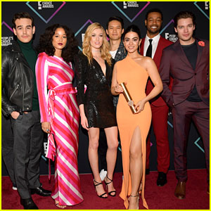 'Shadowhunters' Cast Take Quiz & Find Out Which Character They Are - Watch Now!