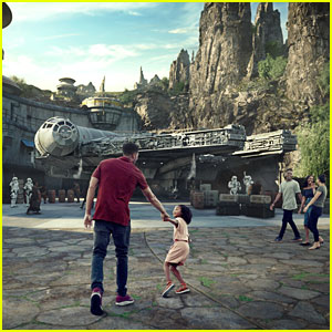 Disney Parks' Star Wars: Galaxy's Edge Gets Official Opening Date!