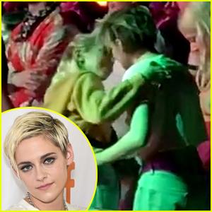 Kristen Stewart & Girlfriend Sara Dinkin Show Off PDA at Coachella!