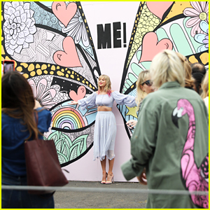 Taylor Swift Unveils New 'Me!' Mural Clue in Nashville!