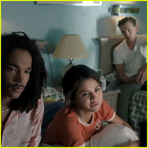 Selena Gomez Stars in First Trailer for 'The Dead Don't Die'