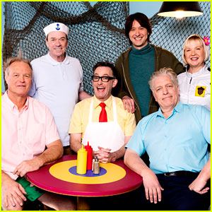 The Cast of 'Spongebob Squarepants' Will Play Human Versions of Their Characters In New Special!