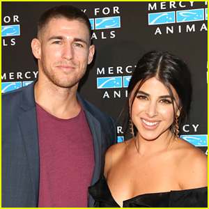 Daniella Monet & Andrew Gardner Found Out The Gender Of Their First Child In The Cutest Way Ever!