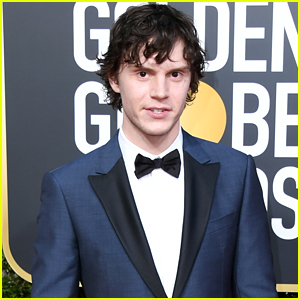 Evan Peters Still Gets Star Struck Around His 'X-Men' Co-Stars