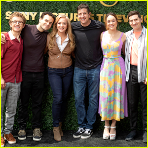 Hayley Orrantia & 'Goldbergs' Stars Step Out For 'Toast To the Arts' Emmy Event